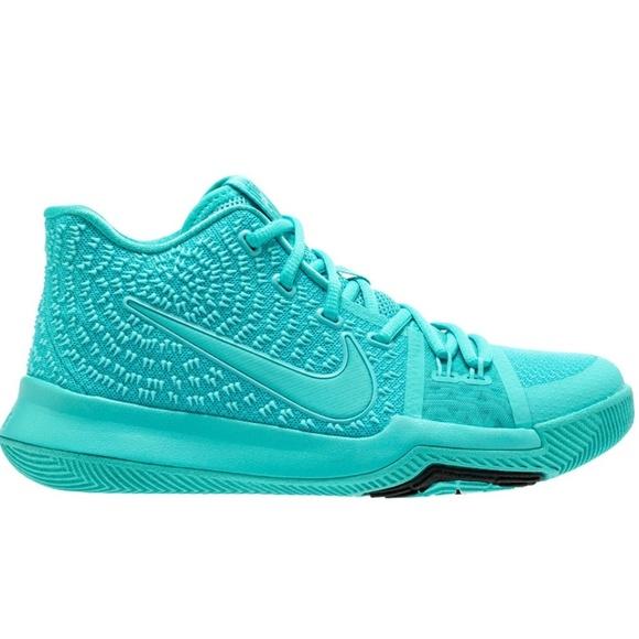 premium selection 9281b 646d7 Nike Kyrie 3 Aqua Size 7Y Basketball Shoes